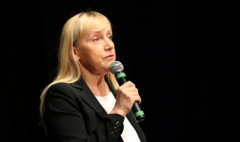 Елена Йончева: Обвиненията между САЩ и Китай са изключително опасни