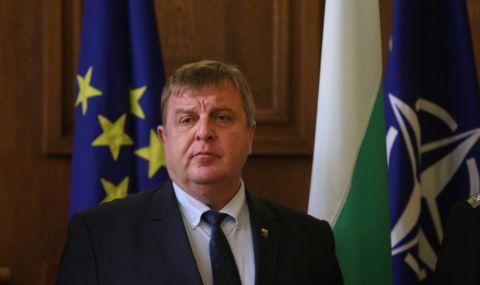 Каракачанов: Не уволних нито един един назначен от ГЕРБ или БСП