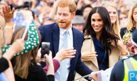 Канадците скочиха на принц Хари и Меган, събират подписи