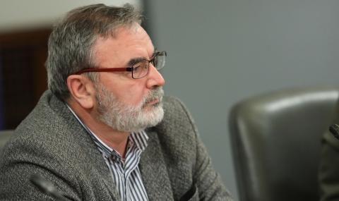 Доц. Кунчев: Предстои ваксинирането на затворници и бежанци