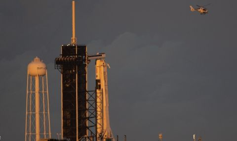 Кораб на SpaceX с успешна мисия - 1
