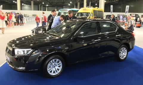 """30-годишно ново """"преоблечено"""" иранско Peugeot"""