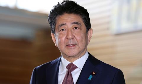 Емблематична оставка в Токио! Премиерът напусна политиката