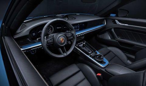 Porsche отбелязва 20 години в Китай със специална версия на 911 - 8