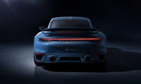 Porsche отбелязва 20 години в Китай със специална версия на 911 - 3