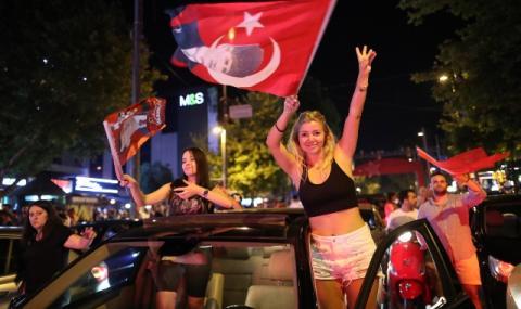 Ердоган загуби! Истанбул ликува (СНИМКИ)