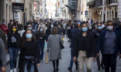 Рекорд в Италия от началото на пандемията: 21 273 заразени само за ден