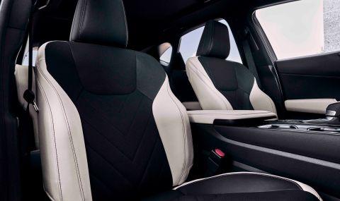 Lexus показа обновения NX с първото за марката plug-in хибридно задвижване - 13