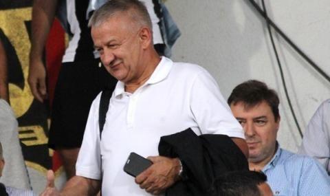 Крушарски: Ако БФС продължава със същото отношение, ще зарежа Локомотив Пловдив