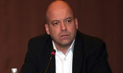 Иво Сиромахов се бъзика с гласувалите за Слави