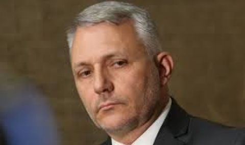 Хаджигенов: Всеки главен прокурор в Слънчевата система ли се пази от 150 гавази за 10 милиона?! - 1