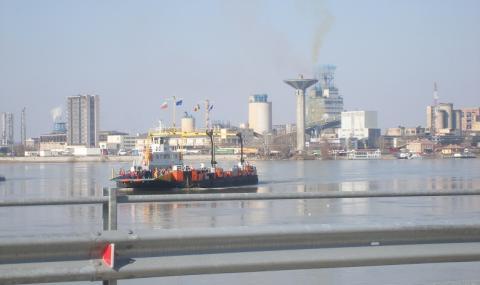 Завод точи вода от Дунав и връща отпадъците си в реката