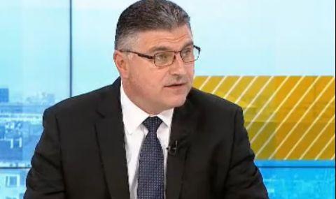 Министърът на отбраната: Майор Терзиев е поразил мишената, но не е съобщил за катапултиране