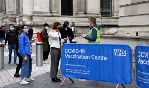 Великобритания се отказва от идеята за пълна ваксинация на студентите - 1
