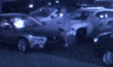 Крадци отмъкнаха коли за четвърт милион долара от автокъща (ВИДЕО)