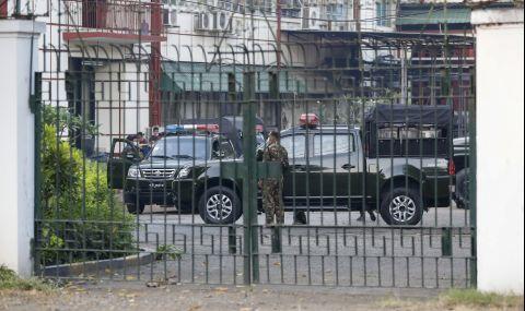 Военен преврат в азиатска държава