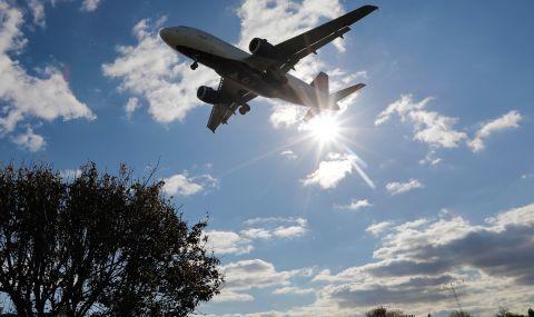 САЩ искат задължителен тест от всички пътници, пристигащи със самолет