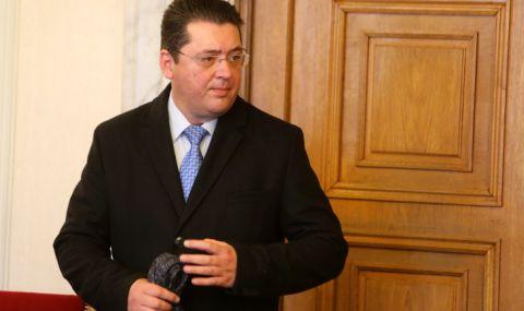 Адвокатът на Узунов: Има ли теч по случая на ОЛАФ срещу президентския секретар