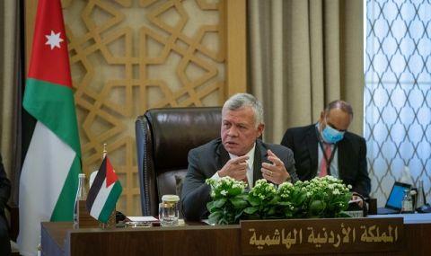 Скандал в кралството! Бившият престолонаследник на Йордания е поставен под домашен арест