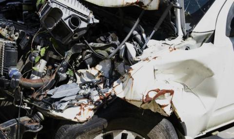 Тежка катастрофа до Иракли, мъж е в болница