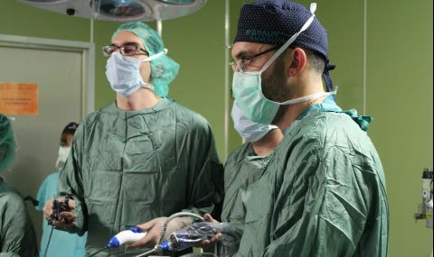 Уролози отстраниха пикочен мехур и простата безкръвно