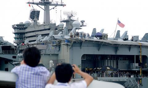 Над 800 моряци на американски самолетоносач са с коронавирус
