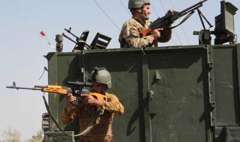 Ожесточени боеве между талибаните и армията на Афганистан - 1