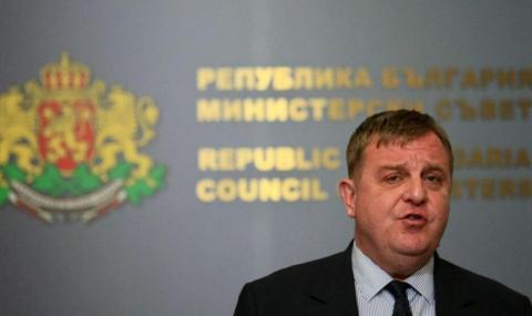 Каракачанов: COVID-19 замрази преговорите за бойните машини за пехотата ни