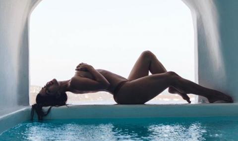 Гаджето на Неймар отново зарадва феновете си с горещи снимки