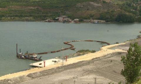 Гледат екодоклада на проекта за пристанище за горива в Белослав