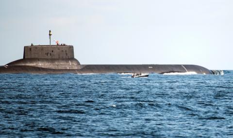 """Русия пуска атомна подводница за """"специални задачи"""""""