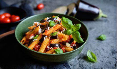 Рецепта на деня: Макарони с маслини и доматен сос - 1