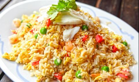 Рецепта за вечеря: Пържен ориз по китайски