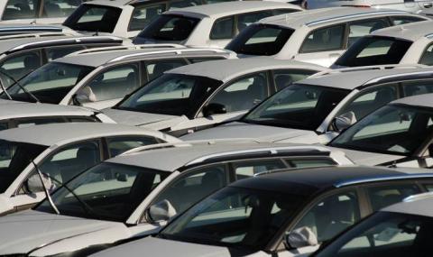 Лошо започва годината за новите коли у нас