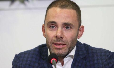 Ненков към Капон: Познаваме се от опашката пред кабинета на Бойко Борисов, госпожо
