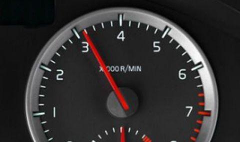 Какво се случва, ако редовно карате на прекалено ниски или високи обороти?