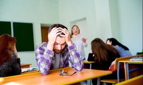 Ученичка твърди, че е системно тормозена от учителка (ВИДЕО)
