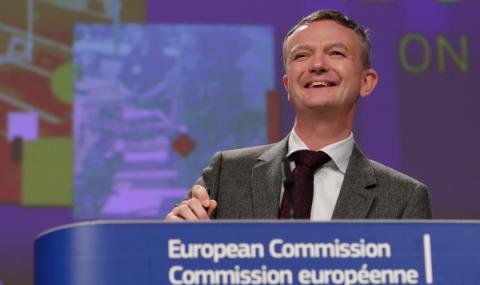 ЕС не коментира случващото се в България