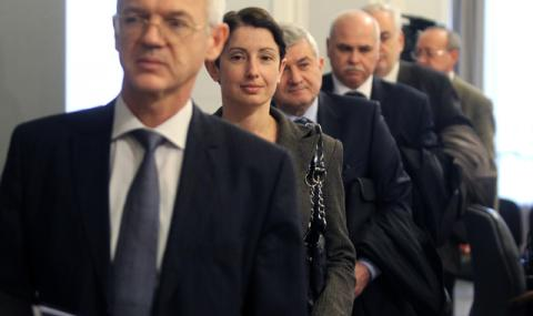 Тристранката обсъжда бюджетите на държавата