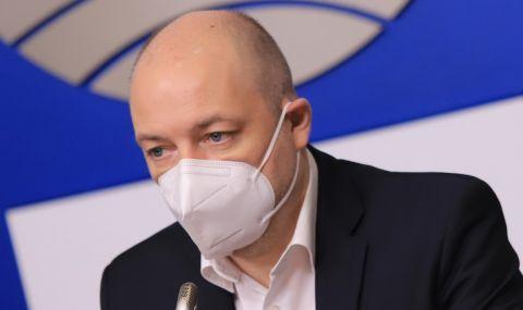 Проф. Габровски с последни новини за Владимир Каролев