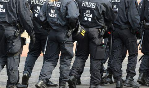Протести в Швейцария срещу наложените ограничения - 1