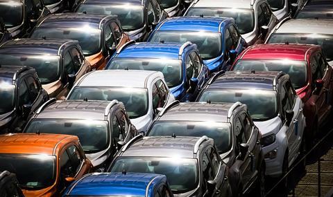 Най-популярните цветове на колите постепенно отстъпват позиции