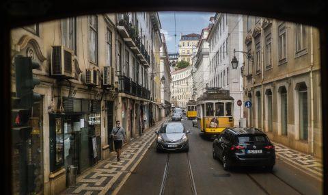 Рязко се увеличават настанените в болница в Португалия