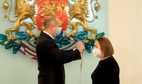 Президентът не връчи орден на Петьо Блъсков - 1
