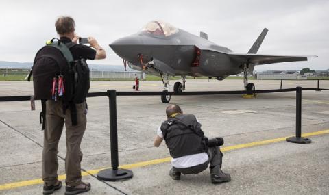 Пентагонът изпраща още войници в Близкия изток