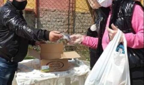 НФСБ с дарение за лекарите и жителите на Дупница, в Котел помагат като доброволци - 4