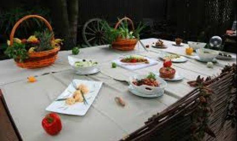 Хванаха 60 празнуващи в столичен ресторант
