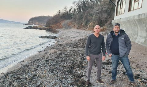 Половин година институциите мълчат законно ли е укрепване на брега на Росенец