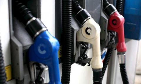 Цените на горивата продължават да падат