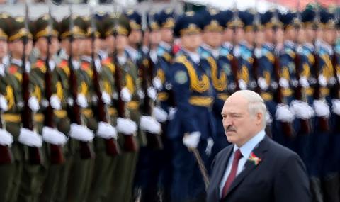 Лукашенко: Тракторът ще излекува всички!
